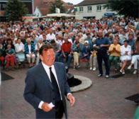 Gerhard Schröder in Hage